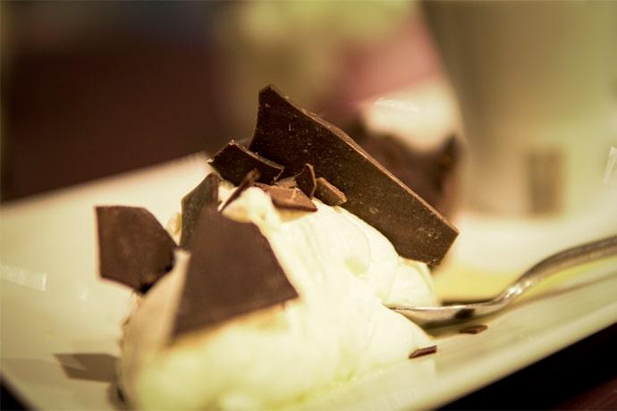 Dessert chocolat et glace - La Forge Gourmande à Beaulieu, restaurant, pizzeria, traiteur, service traiteur, traiteur pour particulier, traiteur pour professionnel, événement, animation